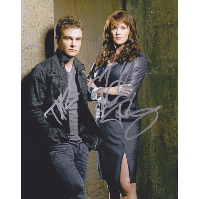 Amanda Tapping + Robin Dunne - Sanctuary
