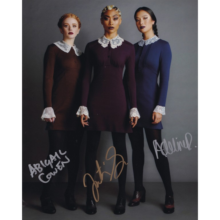 Weird Sisters - Tati Gabrielle, Abigail Cowen and Adeline Rudolph - Chilling Adventures of Sabrina